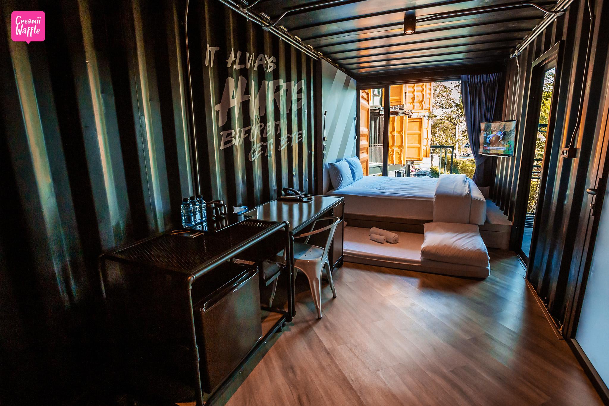 Hivetel Phuket (ไฮฟ์เทล) ห้องพัก