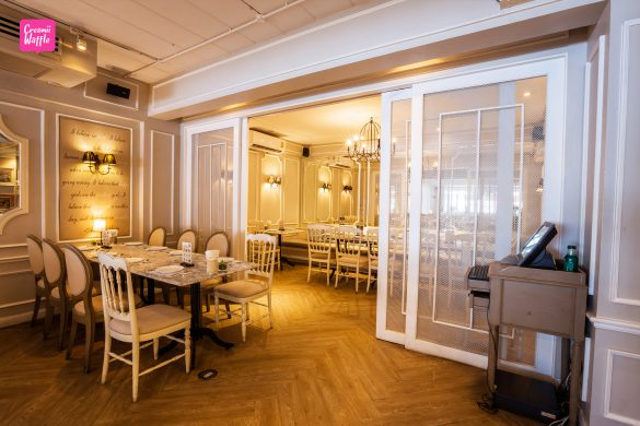 Audrey cafe & bistro Thonglor