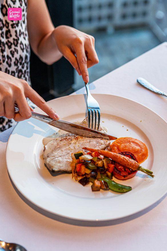 Medinii Restaurant Bangkok